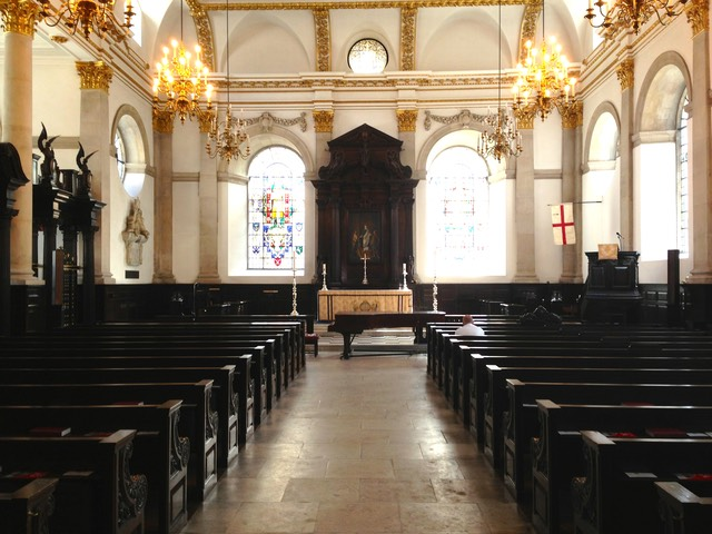 The interior of the Guild Church, St Lawrence Jewry, in Guildhall Yard.